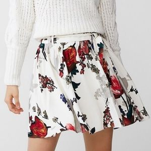 Express Tie Front Withe Floral Mini Skirt NWT